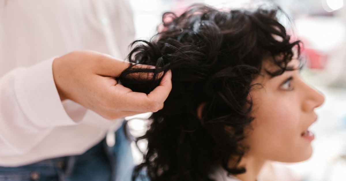 easy steps for cutting curly hair