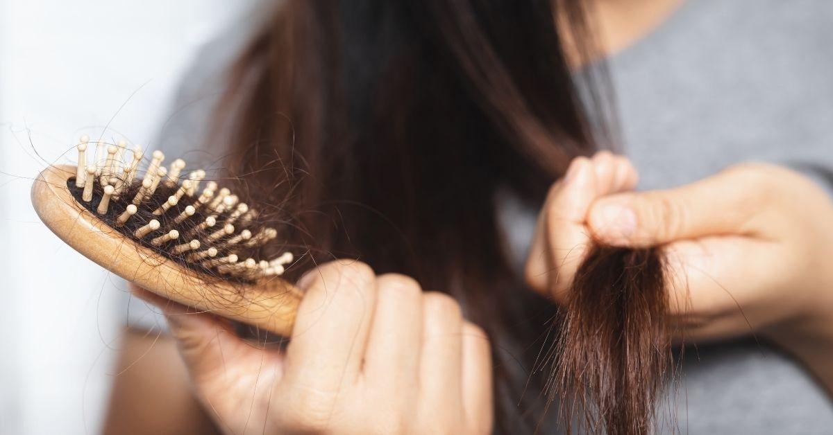 clean hair brush